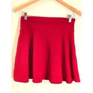 FE21 RED Flare Skirt Sz S